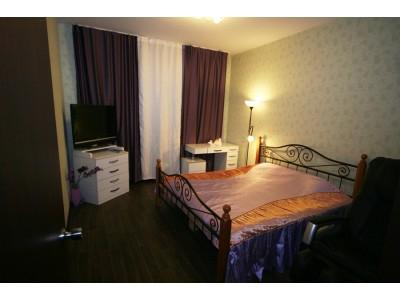 2 комнатная квартира ул. Родионова д.43